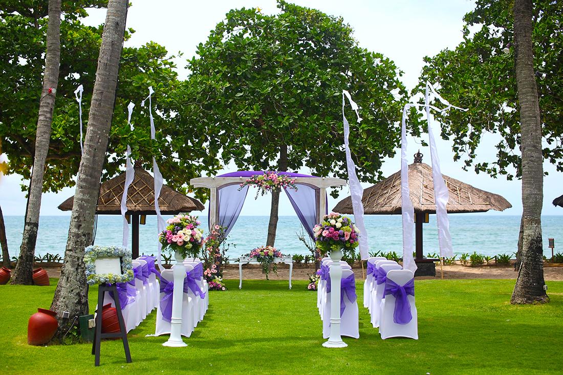 InterContinental Bali Resort - HoneyBrides