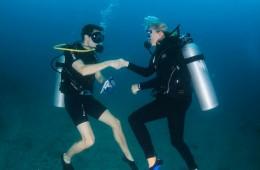 Proposing-underwater