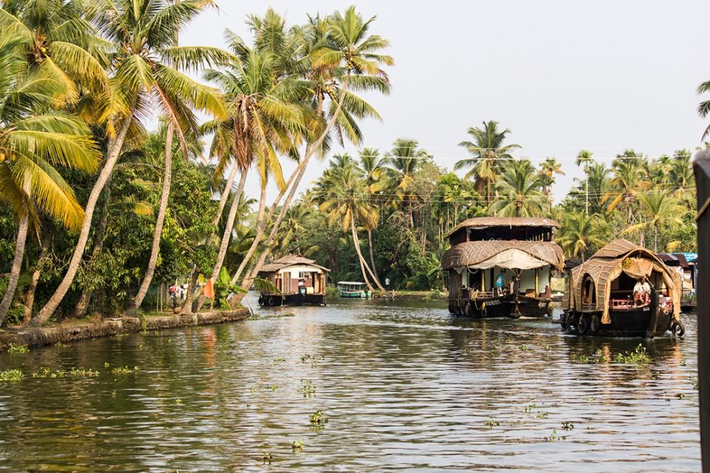 House boat honeymoon in Kerala