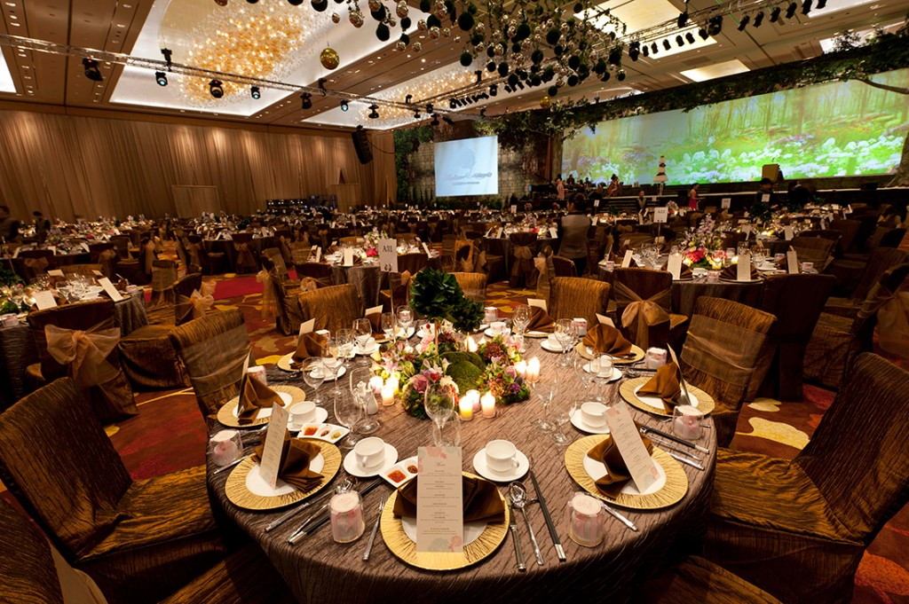 Marina Bay Sands wedding in Sands Ballroom