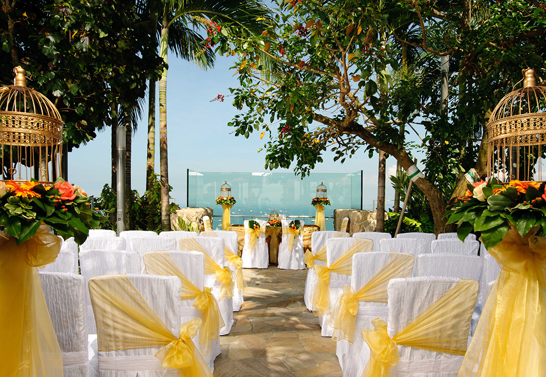 wedding venues in singapore unforgettable luxurious weddings at marina bay sands honeybrides - Garden By The Bay Ballroom