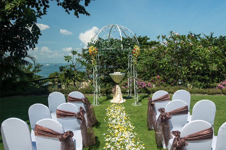 Outdoor wedding venues in singapore gorgeous garden and for Villa du jardin wedding