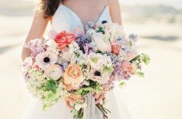 Florists in Singapore: Bridal bouquet flower ideas for summer weddings Honeybrides