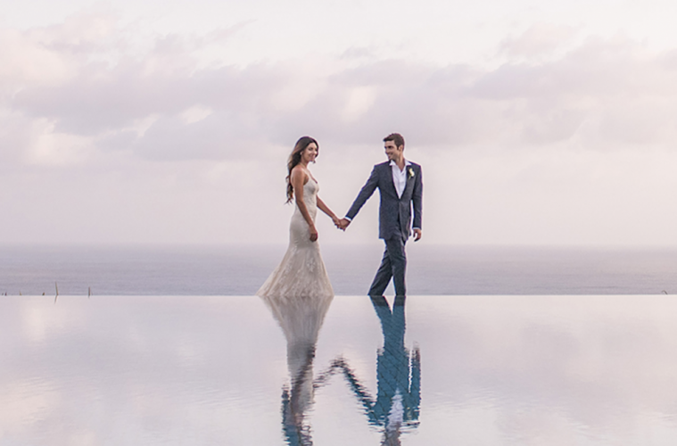 Bali hotel weddings: Alila Seminyak offers the ultimate beachside romance for