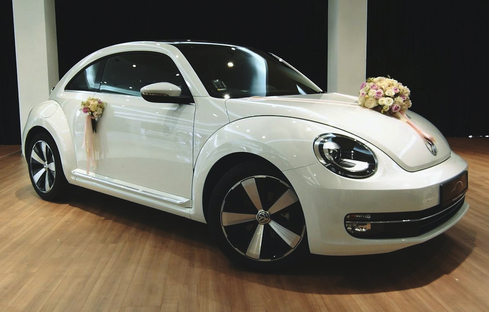 Wedding car rentals in singapore 4 decor ideas for your bridal car wedding car rentals in singapore 6 ways to decorate your volkswagen beetle and golf cabriolet junglespirit Image collections