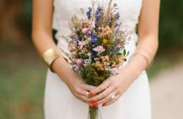 How to dry flowers. Image by Kati Rosado Photography
