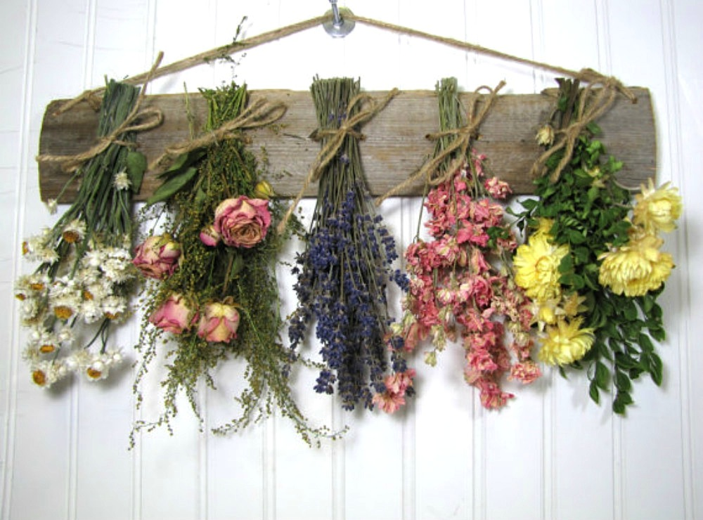 How to dry flowers. photo by Sweetsummerboutique on etsy