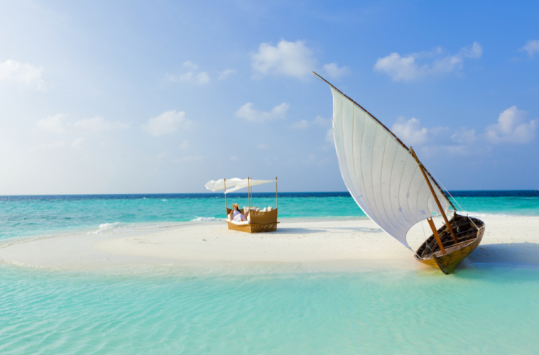 Holiday destinations from Singapore: Adventure honeymoons in Maldives, Thailand, and Australia Honeybrides