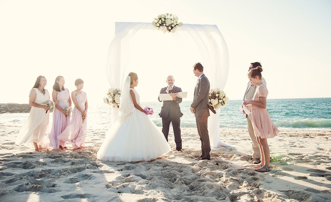Real Wedding Geert And Tanyas Classy Romantic Beach Wedding At