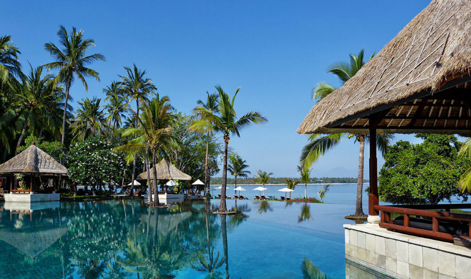 Romantic hotels in Bali: Fall in love with The Oberoi Seminyak and Lombok Honeybrides