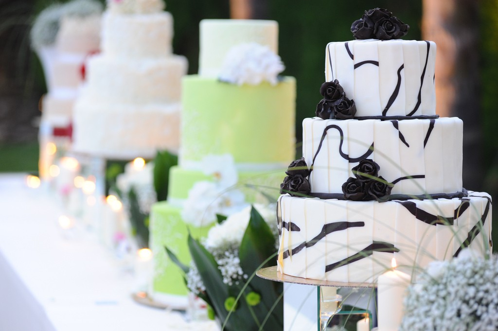 cake | What guests in a wedding don't care about