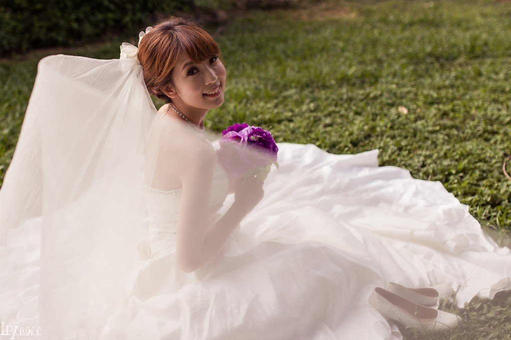 wedding dress | What guests in a wedding don't care about