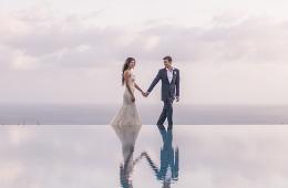Bali hotel weddings: Alila Seminyak offers the ultimate beachside romance for
