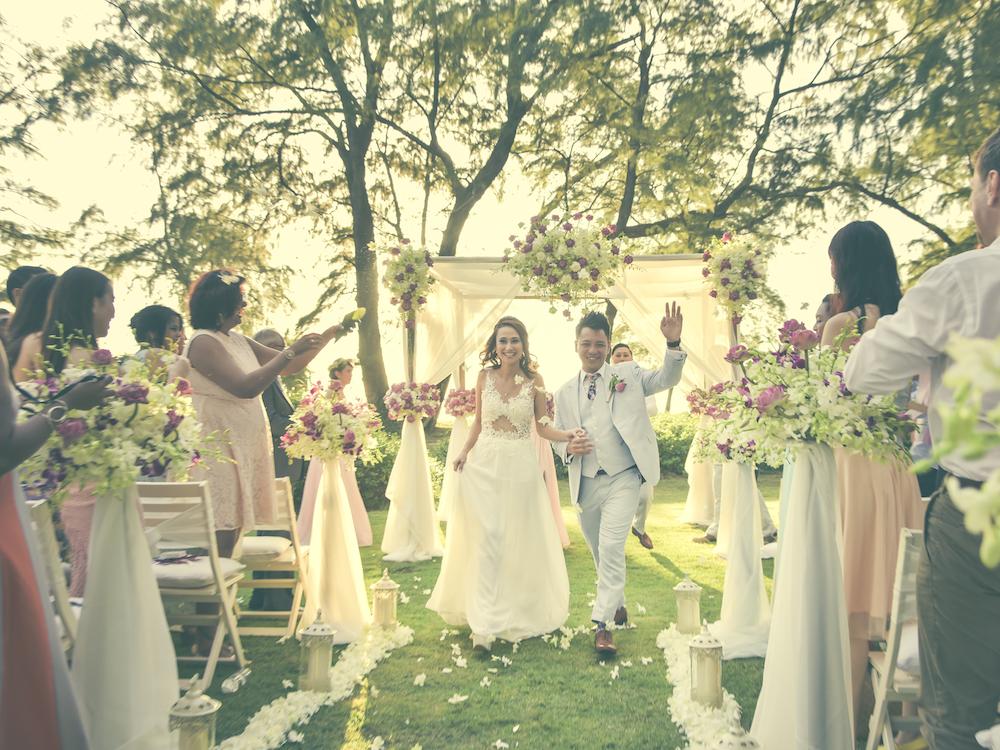 Real weddings in Thailand: Bernadine and Fairil's intimate beachfront wedding in Phuket Honeybrides