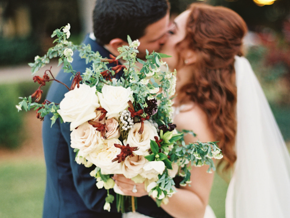 Wedding florists in Singapore: Handy tips when ordering your bridal bouquet